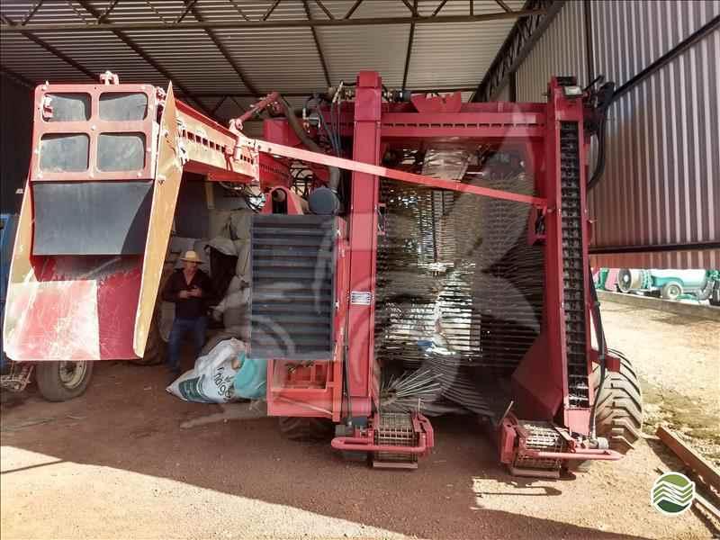 CASE CAFE 200  2014/2014 EP Máquinas e Implementos Agrícolas