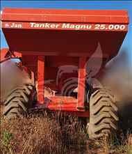 CARRETA BAZUKA GRANELEIRA 25000 BAZUKA  2018 EP Máquinas e Implementos Agrícolas