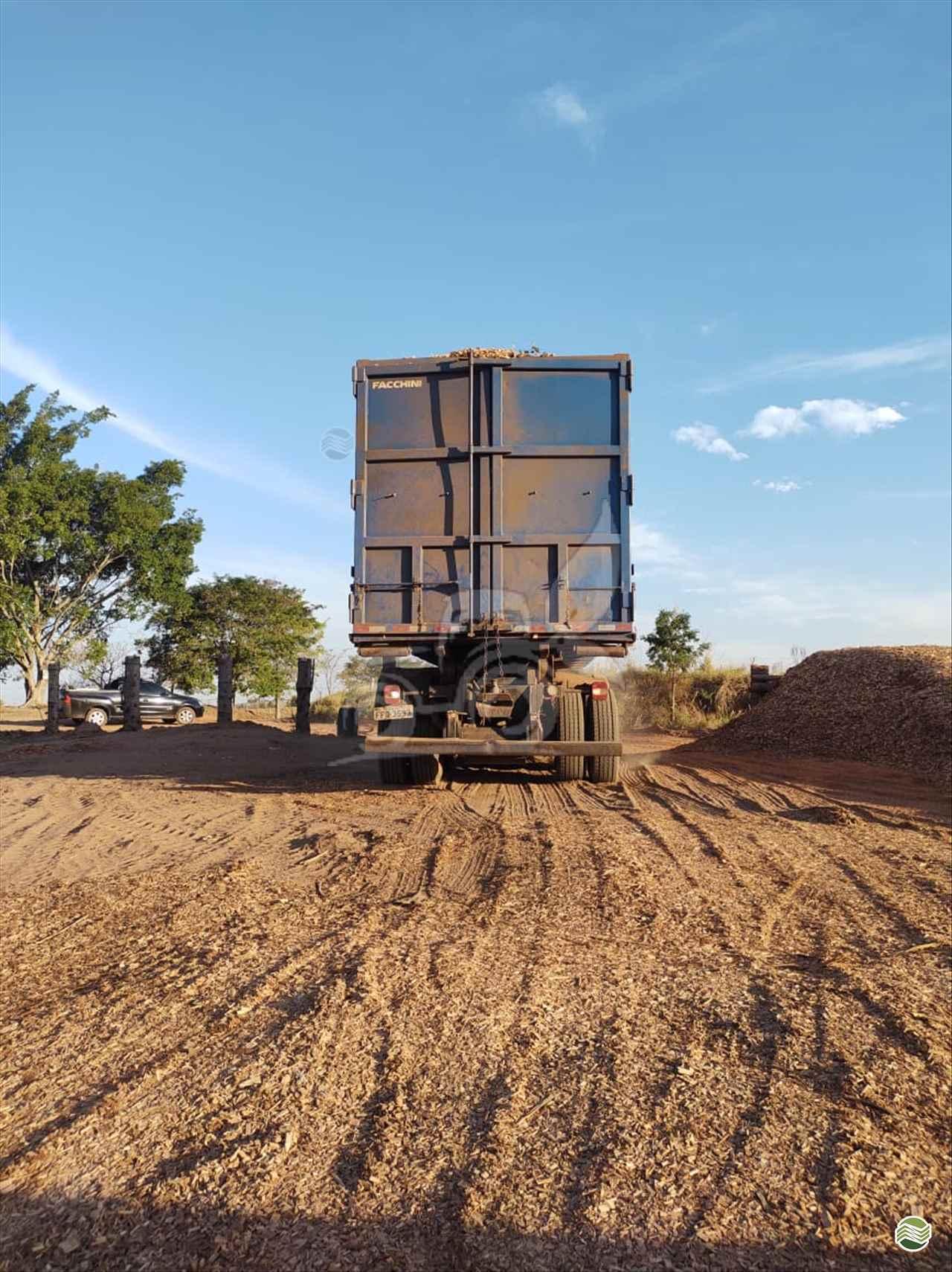 CAMINHAO VOLKSWAGEN VW 31330 Roll ON OFF Traçado 6x4 EP Máquinas e Implementos Agrícolas CRISTALINA GOIAS GO