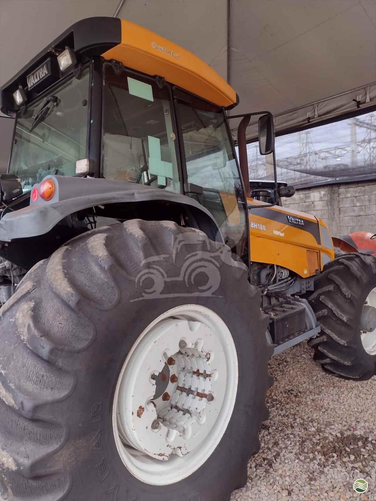 TRATOR VALTRA VALTRA BH 180 Tração 4x4 EP Máquinas e Implementos Agrícolas CRISTALINA GOIAS GO