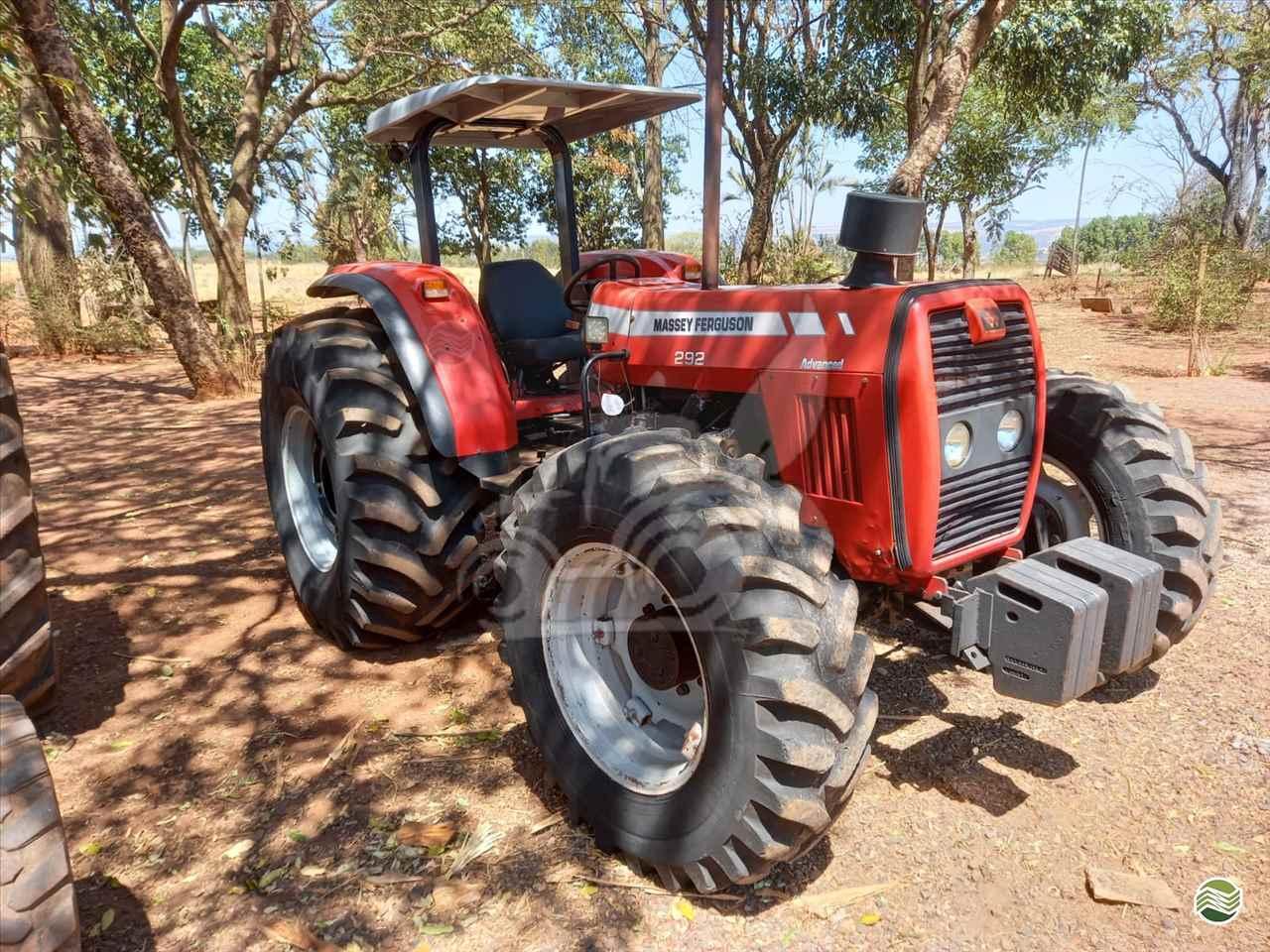 TRATOR MASSEY FERGUSON MF 292 Tração 4x4 EP Máquinas e Implementos Agrícolas CRISTALINA GOIAS GO