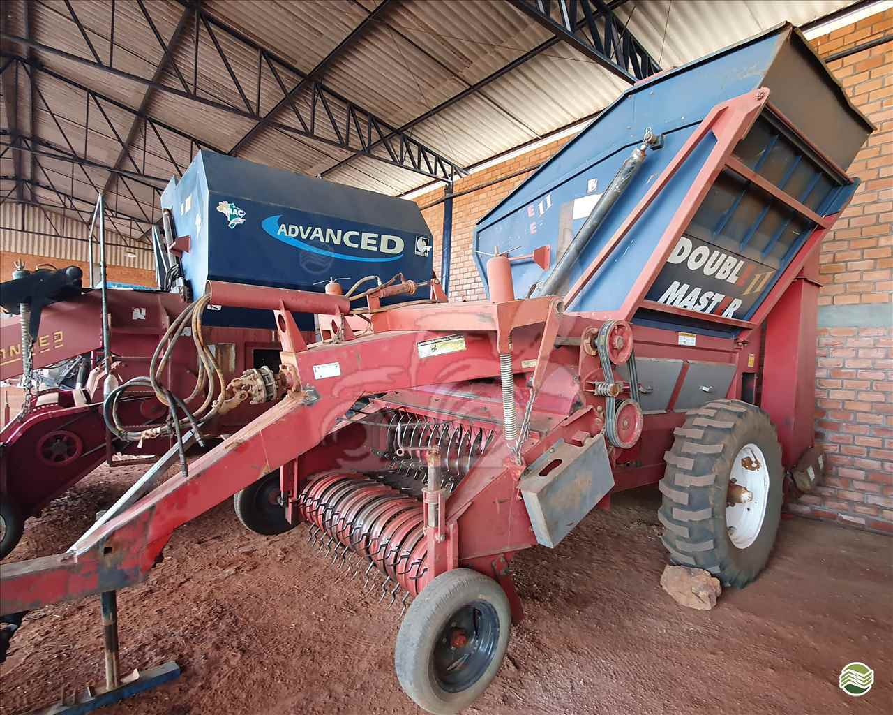 IMPLEMENTOS AGRICOLAS COLHEDORAS MIAC DOUBLE MASTER II EP Máquinas e Implementos Agrícolas CRISTALINA GOIAS GO