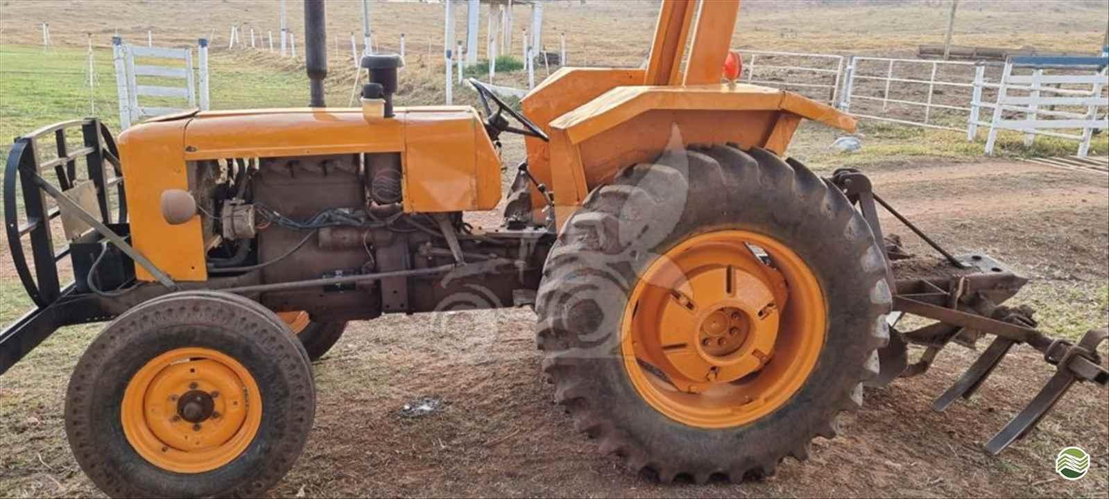 TRATOR VALMET VALMET 85 Tração 4x2 EP Máquinas e Implementos Agrícolas CRISTALINA GOIAS GO