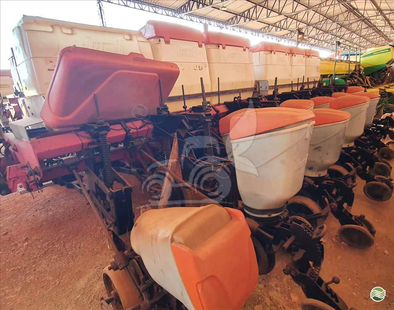 PLANTADEIRA JUMIL JM 2880 EP Máquinas e Implementos Agrícolas CRISTALINA GOIAS GO