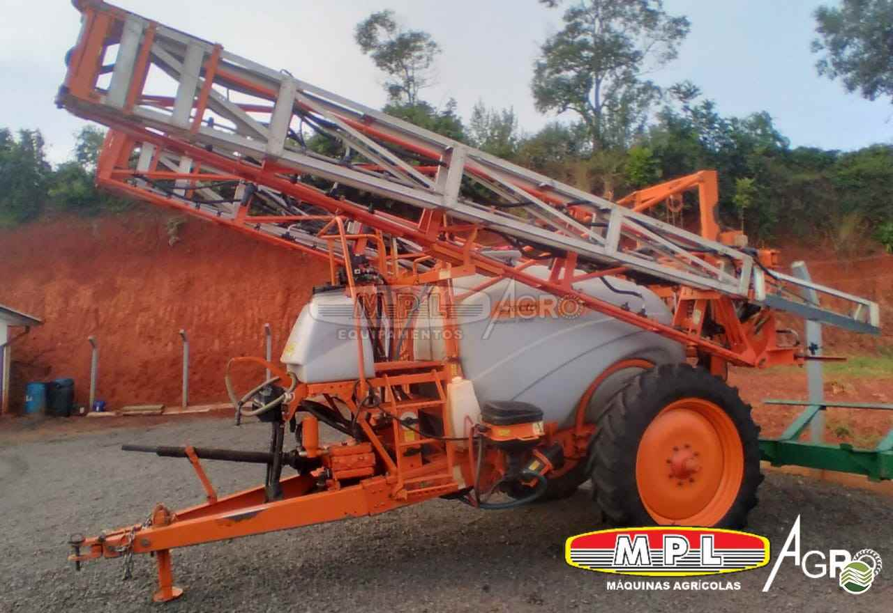 PULVERIZADOR JACTO ADVANCE 3000 AM24 Arrasto MPL Agro - Máquinas Agrícolas IRATI PARANÁ PR