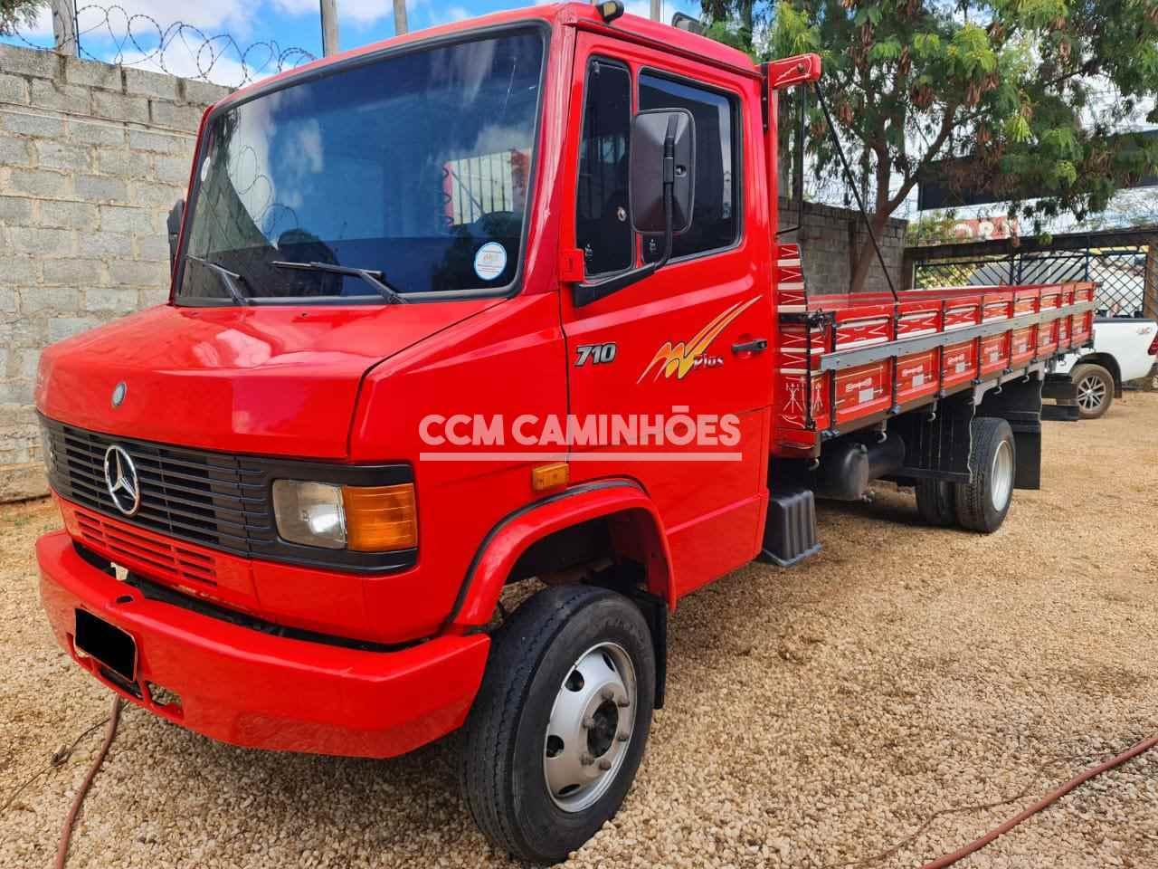 CAMINHAO MERCEDES-BENZ MB 710 Carga Seca 3/4 4x2 CCM Caminhões GOIANIA GOIAS GO