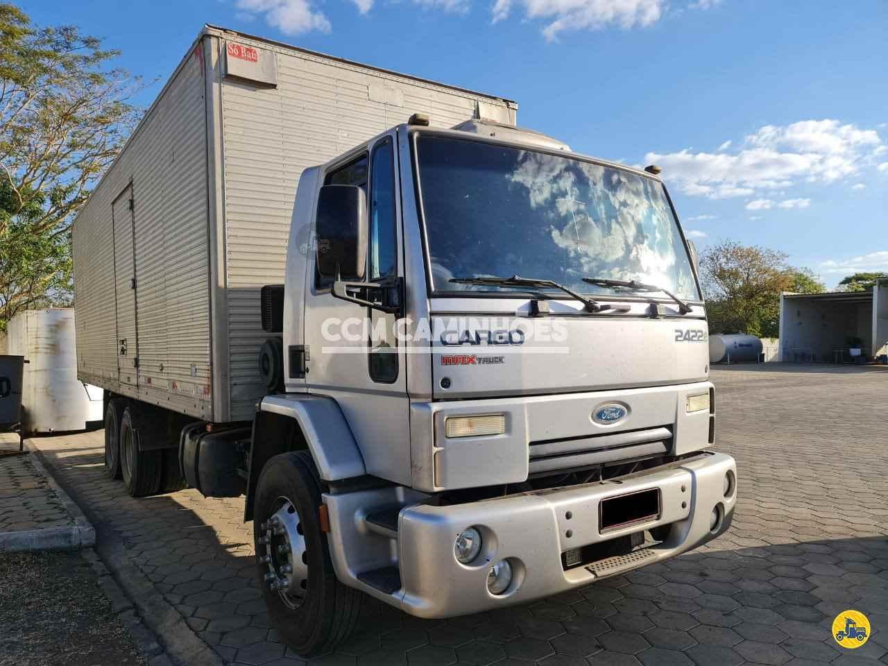 CAMINHAO FORD CARGO 2422 Baú Furgão Truck 6x2 CCM Caminhões GOIANIA GOIAS GO