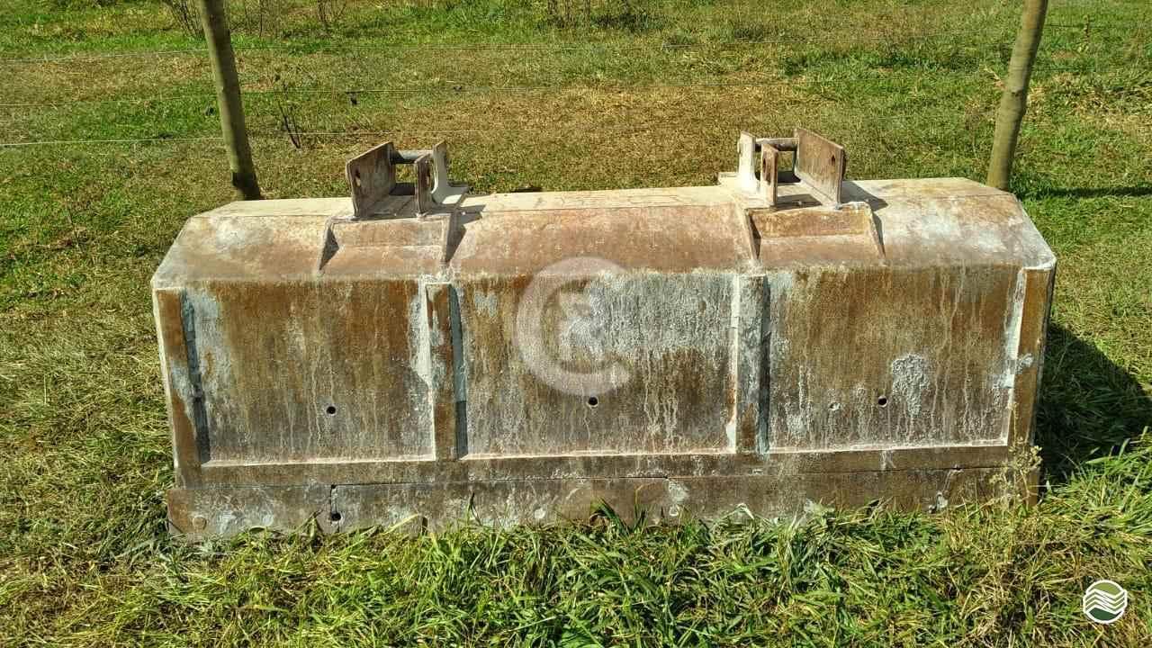 TRATOR MASSEY FERGUSON MF 297 Tração 4x4 CR Máquinas Agrícolas CASSILANDIA MATO GROSSO DO SUL MS