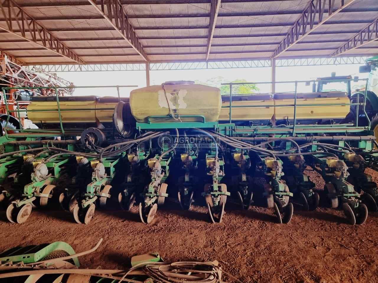 PLANTADEIRA JOHN DEERE PLANTADEIRAS 2134 Agro Fácil Máquinas PRIMAVERA DO LESTE MATO GROSSO MT