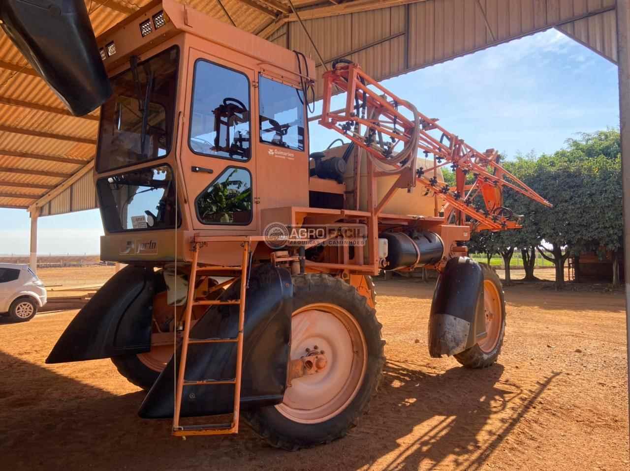 PULVERIZADOR JACTO UNIPORT 2000 Tração 4x2 Agro Fácil Máquinas PRIMAVERA DO LESTE MATO GROSSO MT