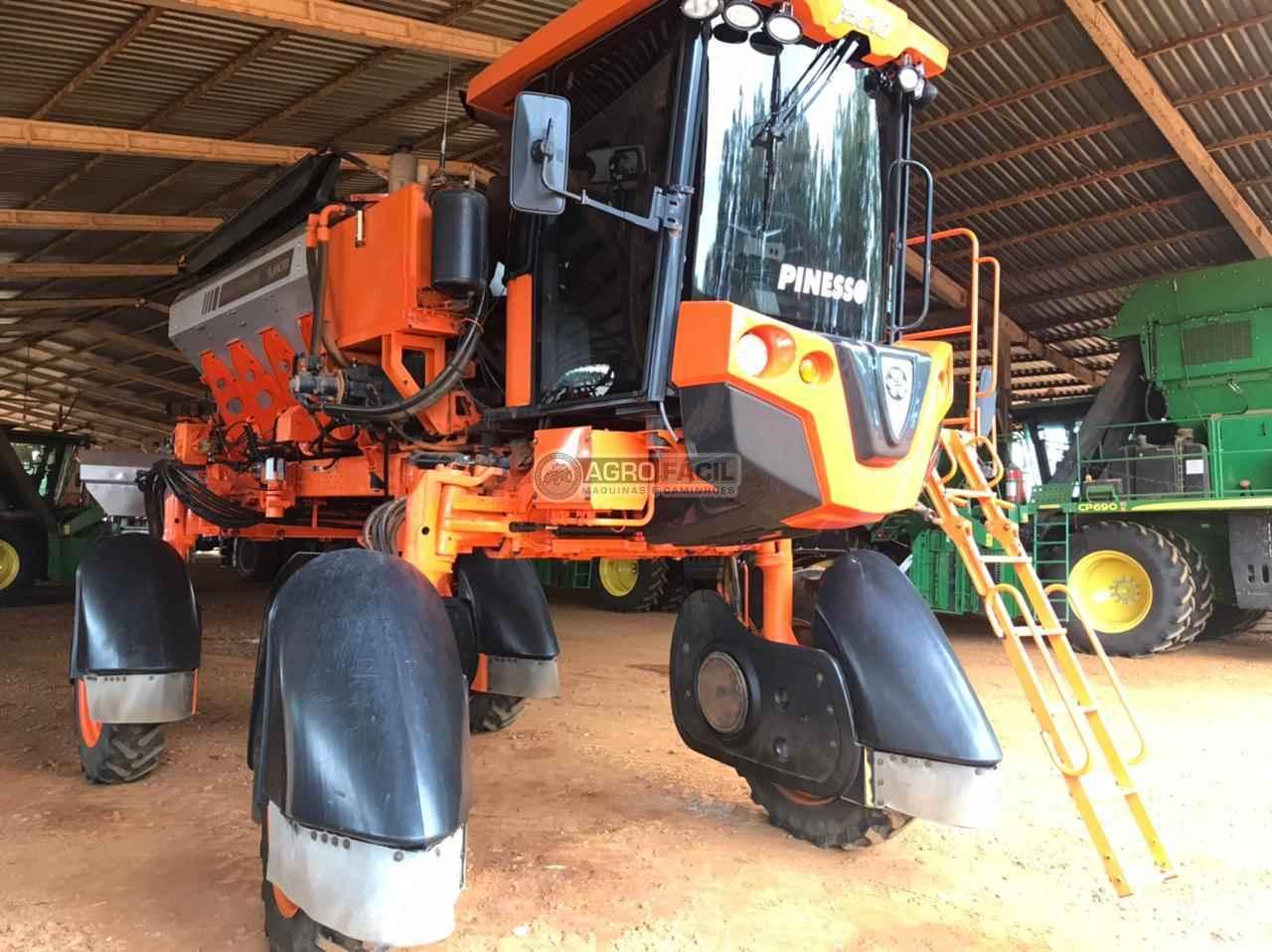 DISTRIBUIDOR AUTOPROPELIDO JACTO UNIPORT 5030 NPK Tração 4x4 Agro Fácil Máquinas PRIMAVERA DO LESTE MATO GROSSO MT