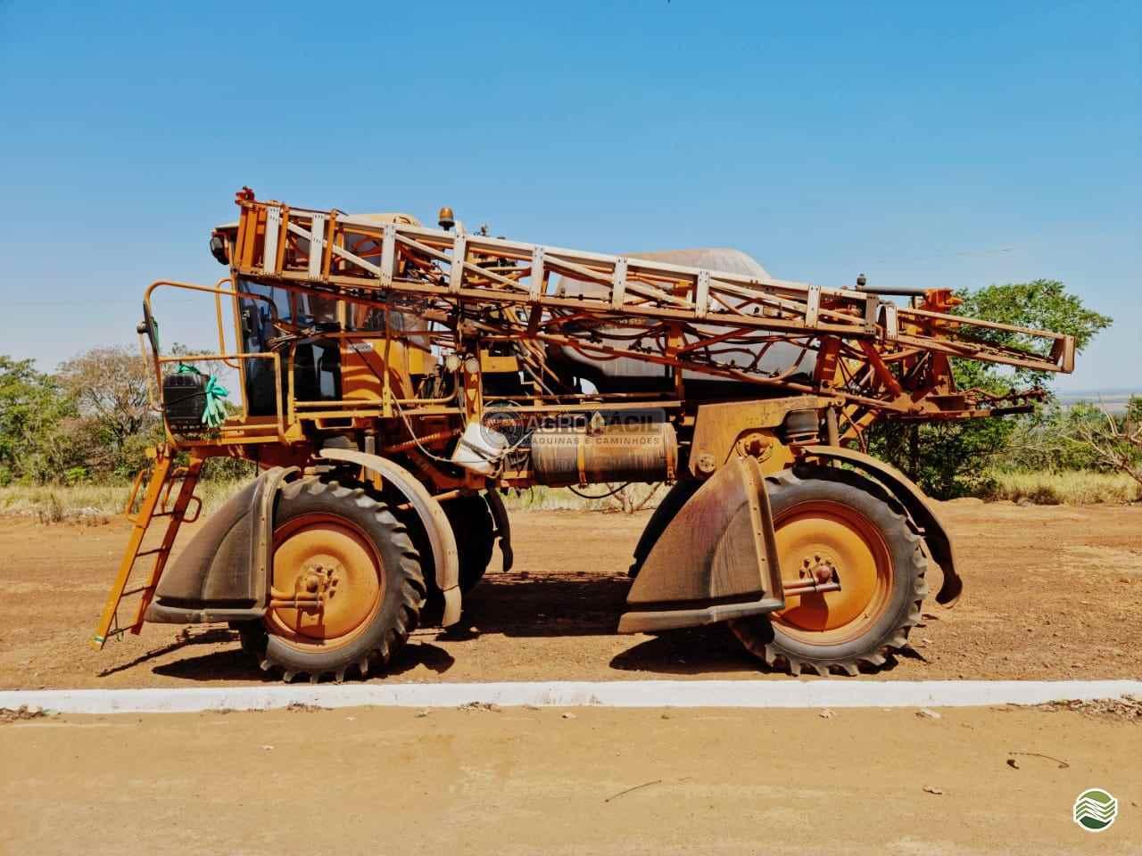 PULVERIZADOR JACTO UNIPORT 2500 STAR Tração 4x2 Agro Fácil Máquinas PRIMAVERA DO LESTE MATO GROSSO MT