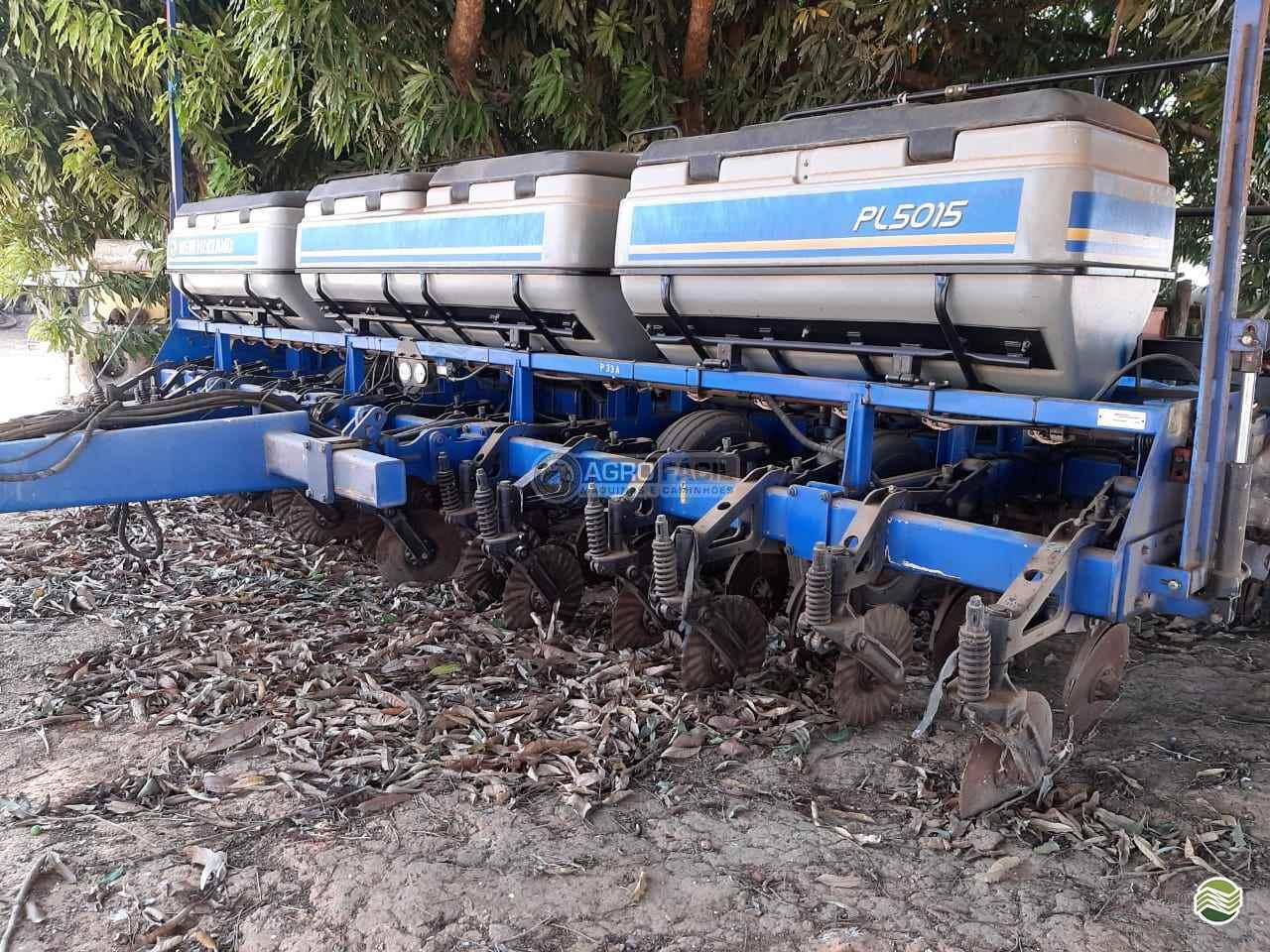PLANTADEIRA NEW HOLLAND PL 5015 Agro Fácil Máquinas PRIMAVERA DO LESTE MATO GROSSO MT