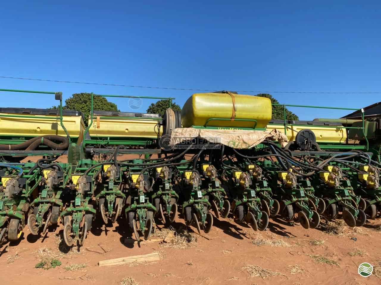 PLANTADEIRA JOHN DEERE PLANTADEIRAS 2130 Agro Fácil Máquinas PRIMAVERA DO LESTE MATO GROSSO MT