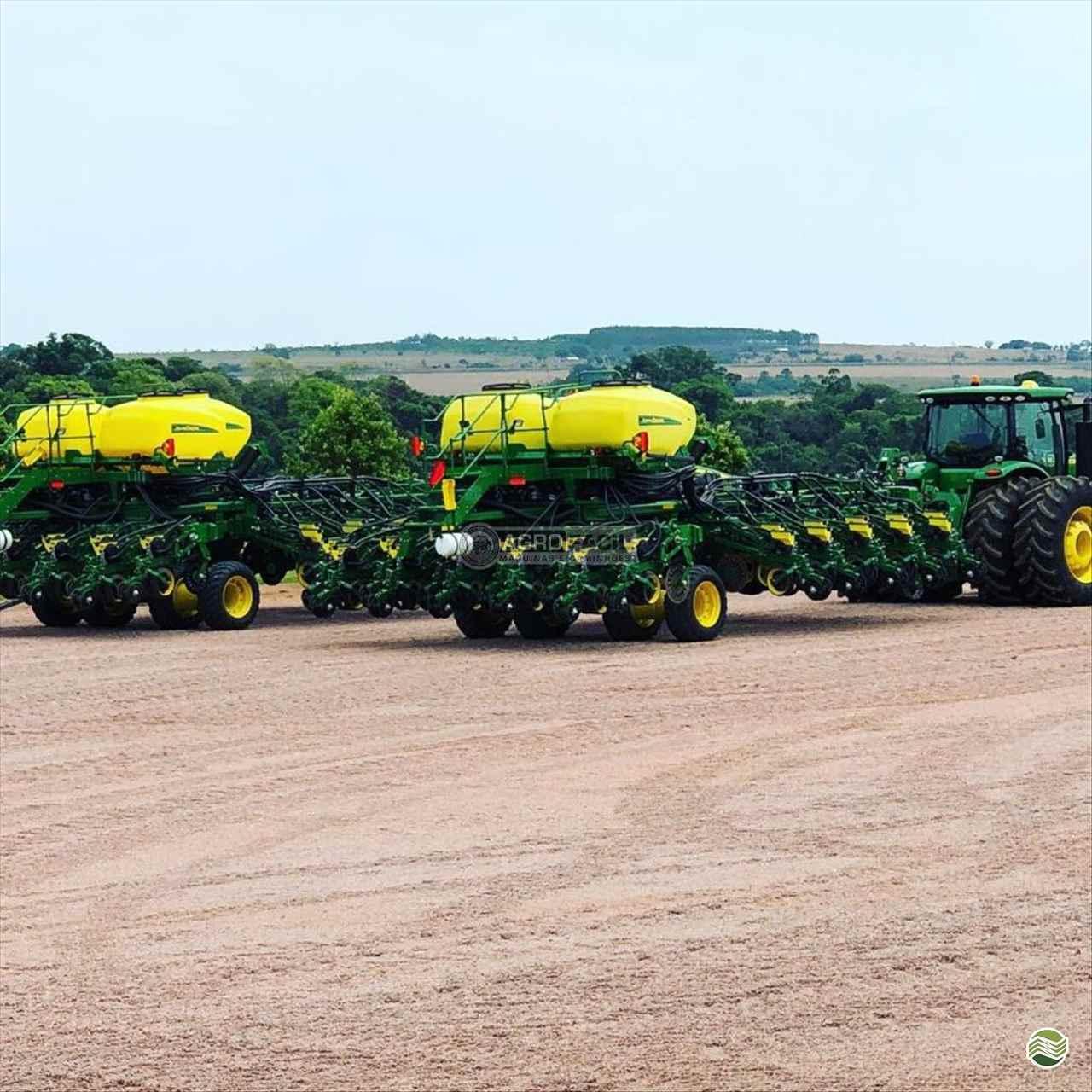 PLANTADEIRA JOHN DEERE PLANTADEIRAS DB50 Agro Fácil Máquinas PRIMAVERA DO LESTE MATO GROSSO MT