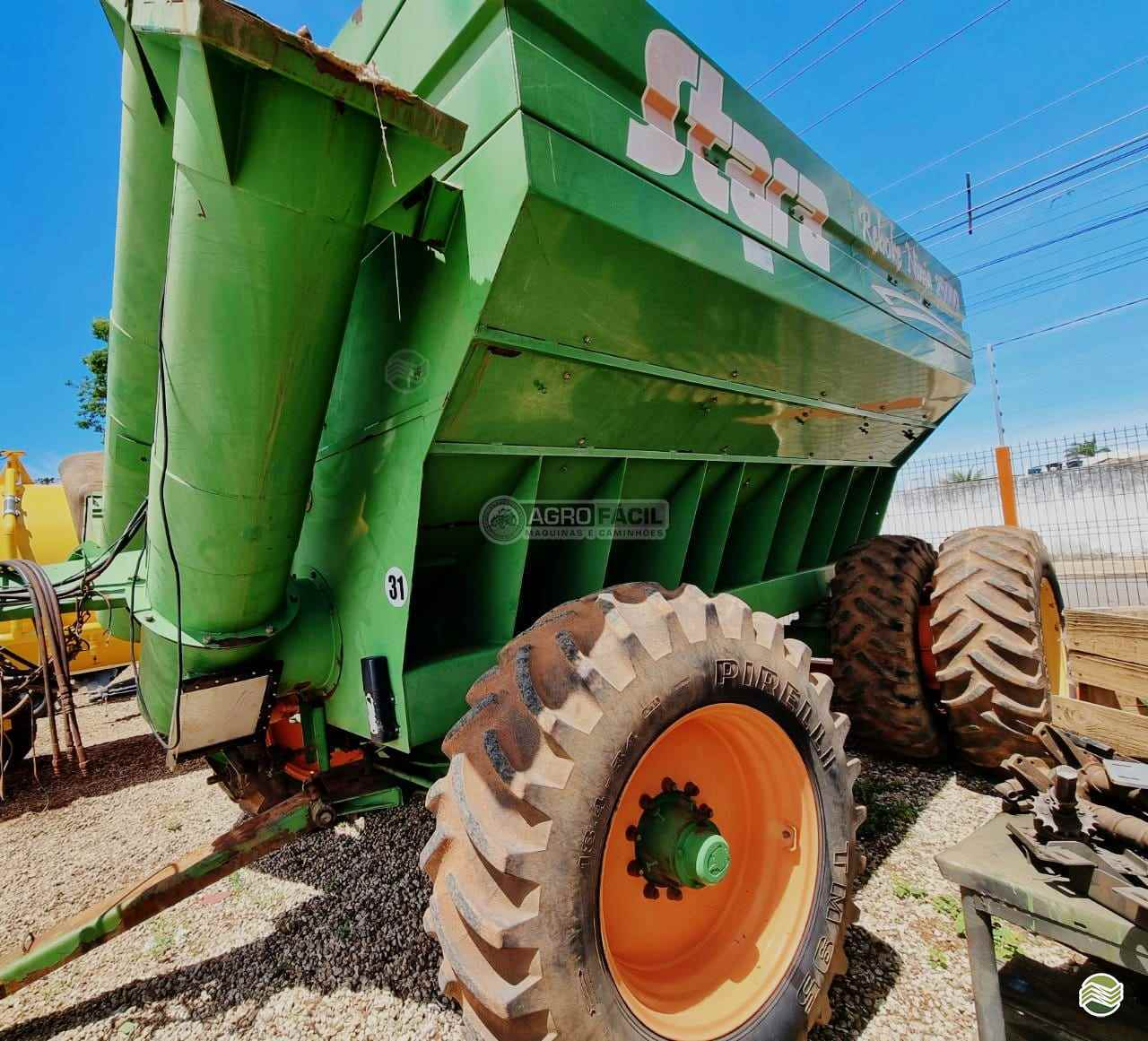 IMPLEMENTOS AGRICOLAS CARRETA BAZUKA GRANELEIRA 25000 Agro Fácil Máquinas PRIMAVERA DO LESTE MATO GROSSO MT