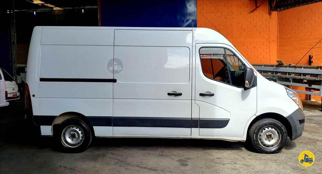 RENAULT Master Furgão Grand 2.3 240000km 2014/2015 Sol Caminhões e Utilitários