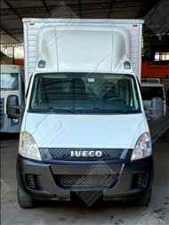 IVECO DAILY 35s14  2013/2014 Sol Caminhões e Utilitários
