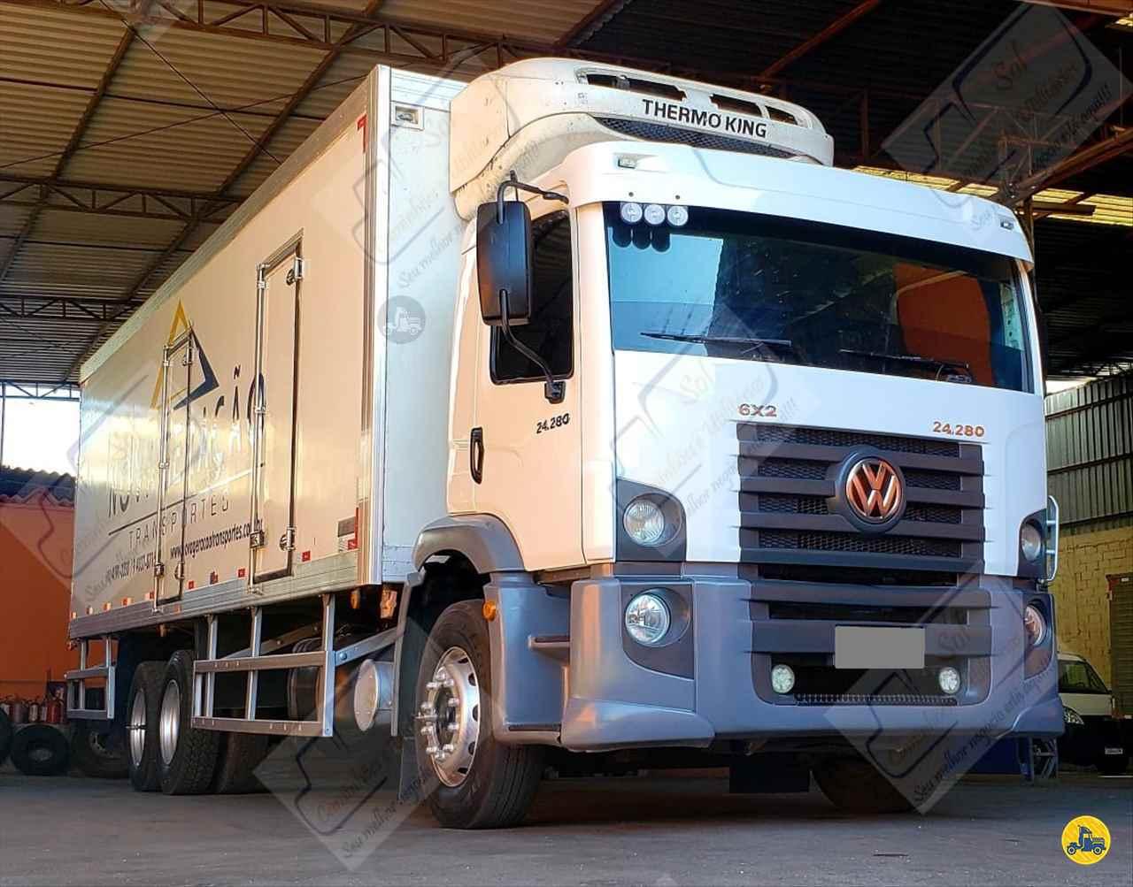 CAMINHAO VOLKSWAGEN VW 24280 Baú Frigorífico Truck 6x2 Sol Caminhões e Utilitários SAO PAULO SÃO PAULO SP