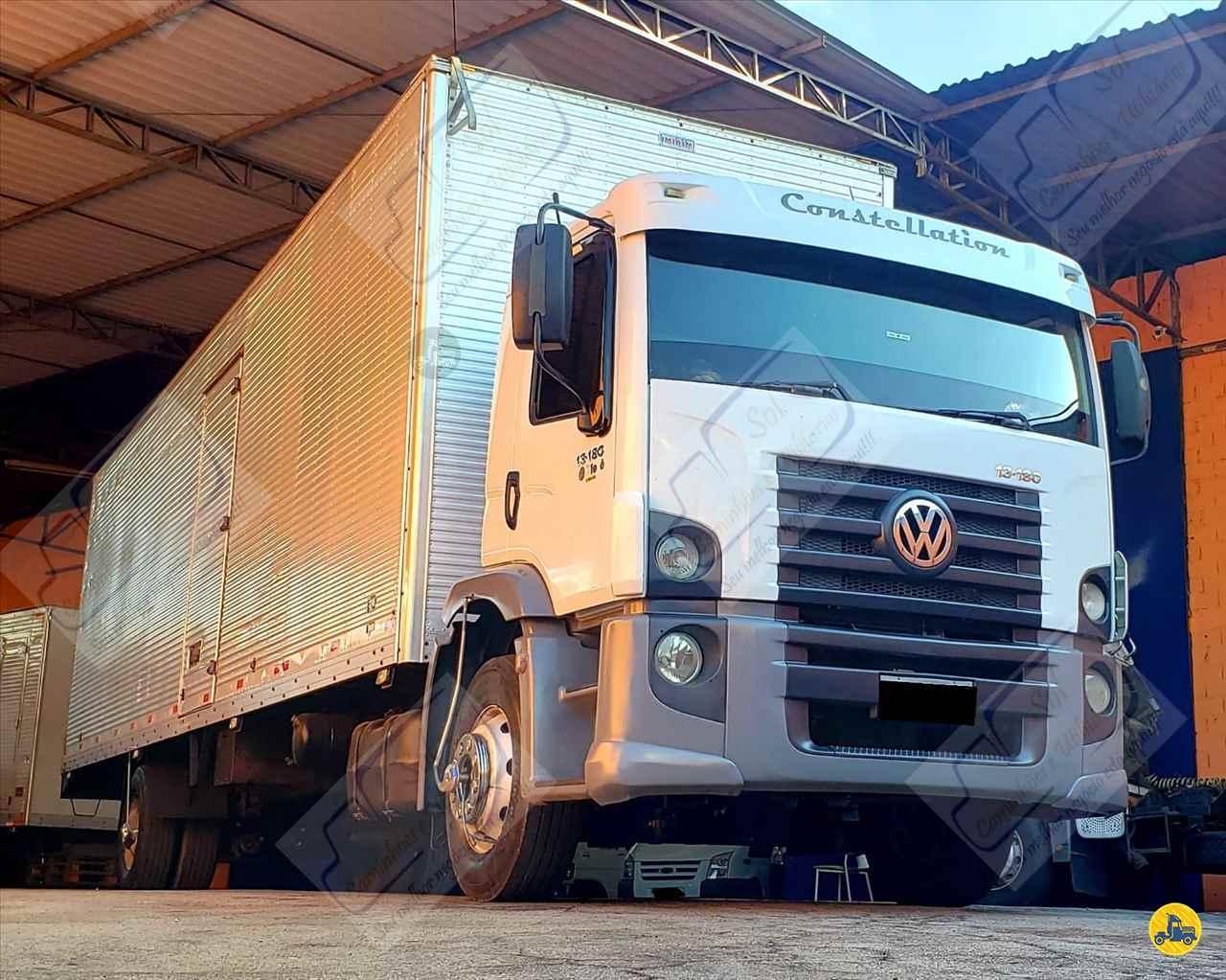 CAMINHAO VOLKSWAGEN VW 13180 Baú Furgão Toco 4x2 Sol Caminhões e Utilitários SAO PAULO SÃO PAULO SP