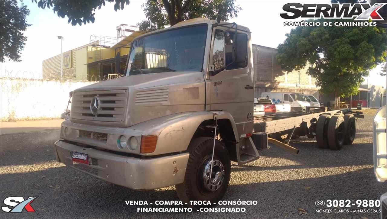 CAMINHAO MERCEDES-BENZ MB 1214 Chassis Truck 6x2 Sermax Caminhões MONTES CLAROS MINAS GERAIS MG