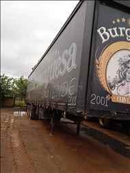 SEMI-REBOQUE BAU SIDER  2001/2001 Mundial Caminhões e Carretas