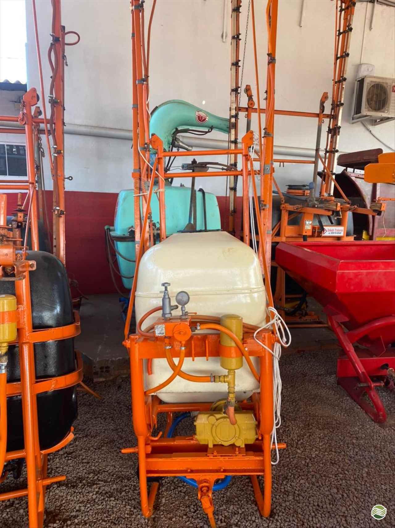 PJ 400 L  de Toledo Tratores - TOLEDO/PR