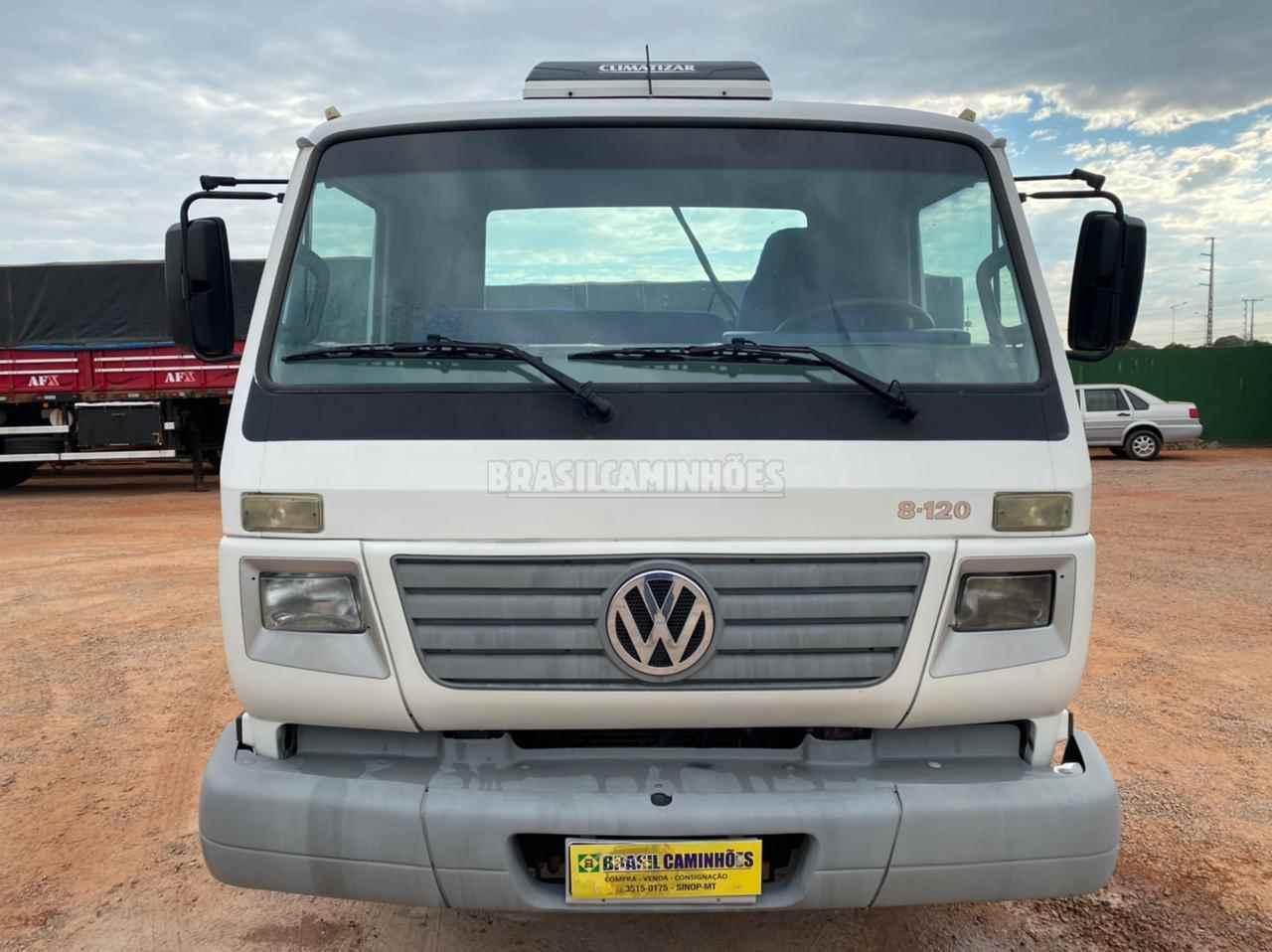 VW 8120 de Brasil Caminhões Sinop - SINOP/MT
