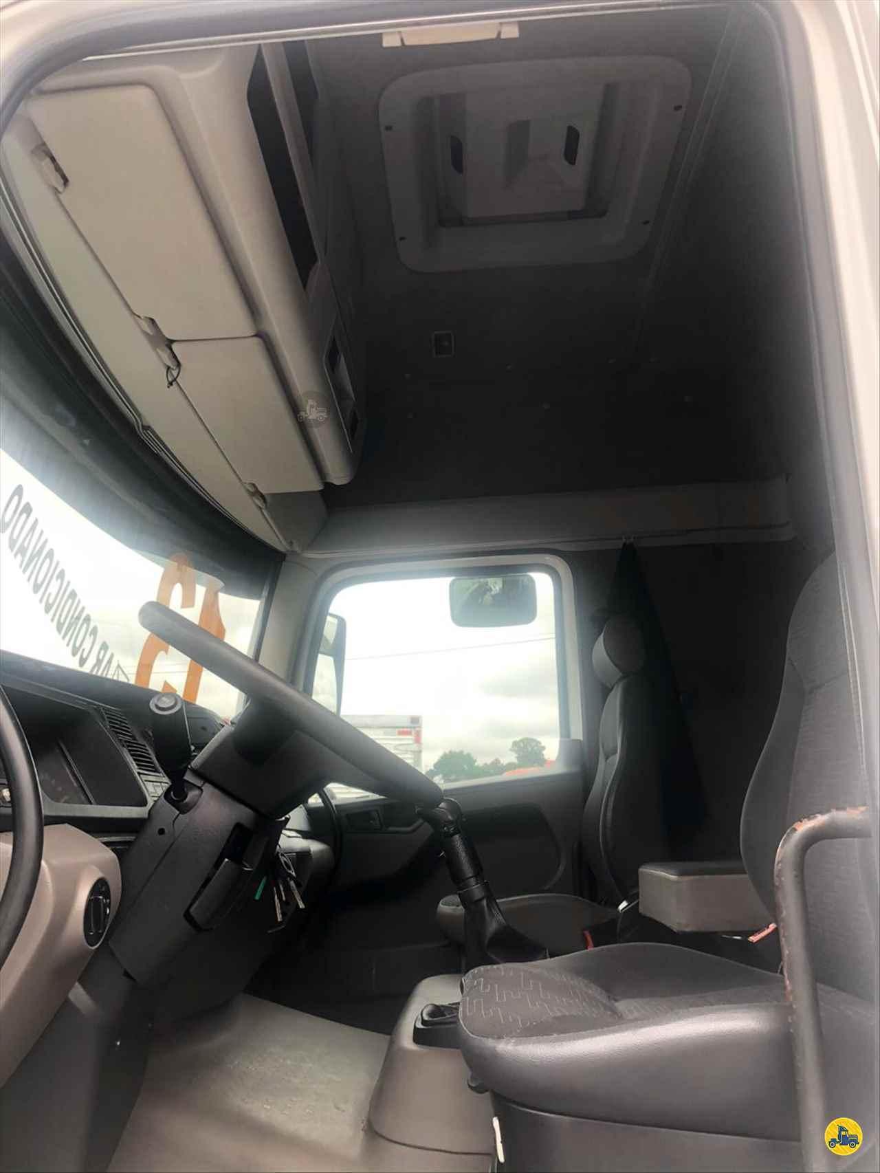 VOLKSWAGEN VW 25390 441124km 2013/2013 Mugen Caminhões