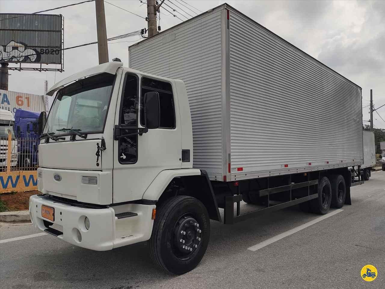 CAMINHAO FORD CARGO 1517 Baú Furgão Truck 6x2 Rota 61 Veículos JUNDIAI SÃO PAULO SP