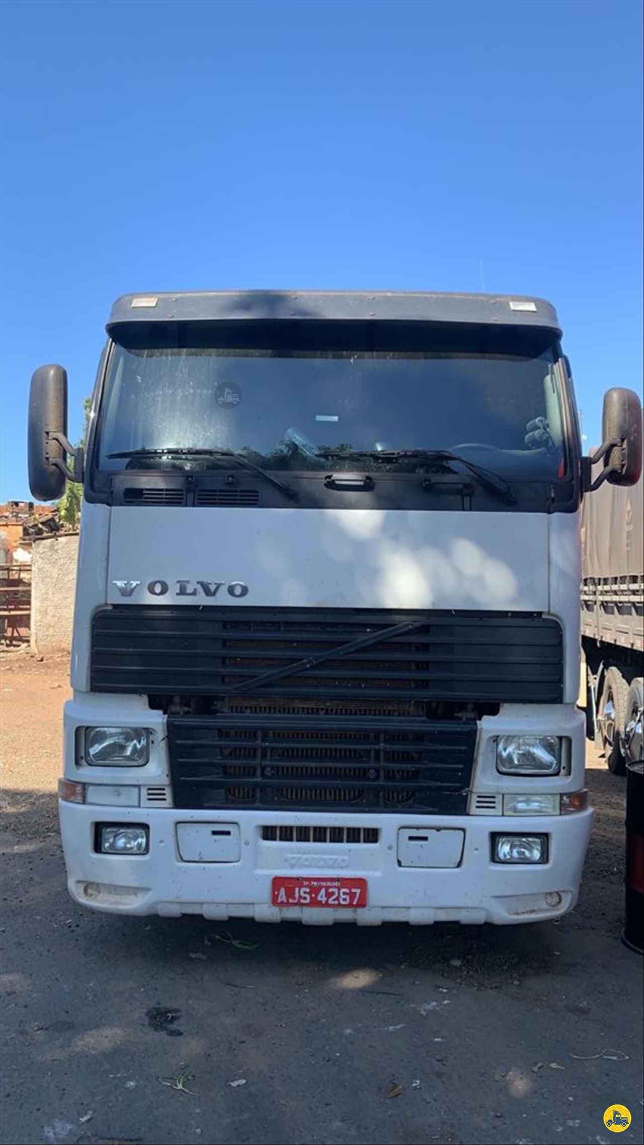 VOLVO FH12 380 de Transportadora Tuon - PIRASSUNUNGA/SP