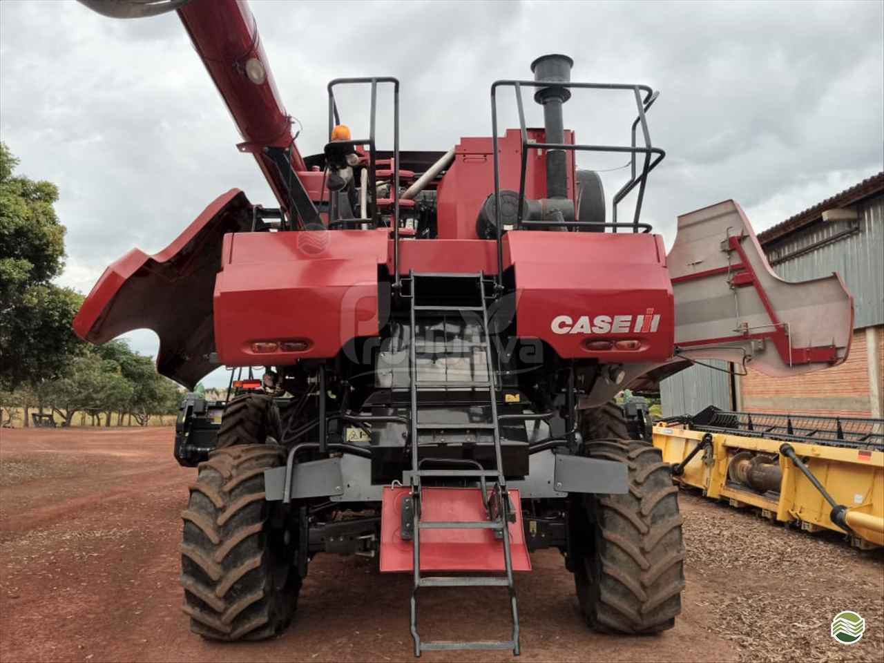 COLHEITADEIRA CASE CASE 7120 Produtiva Máquinas CAMPO VERDE MATO GROSSO MT