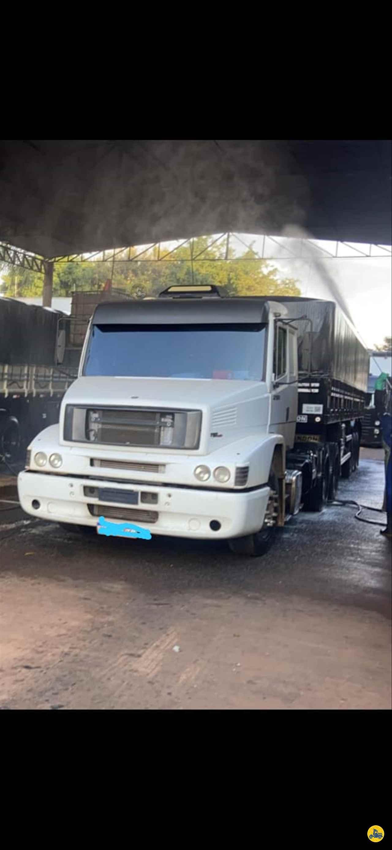 CAMINHAO MERCEDES-BENZ MB 1634 Cavalo Mecânico Truck 6x2 Cotral Caminhões SERRA DO SALITRE MINAS GERAIS MG