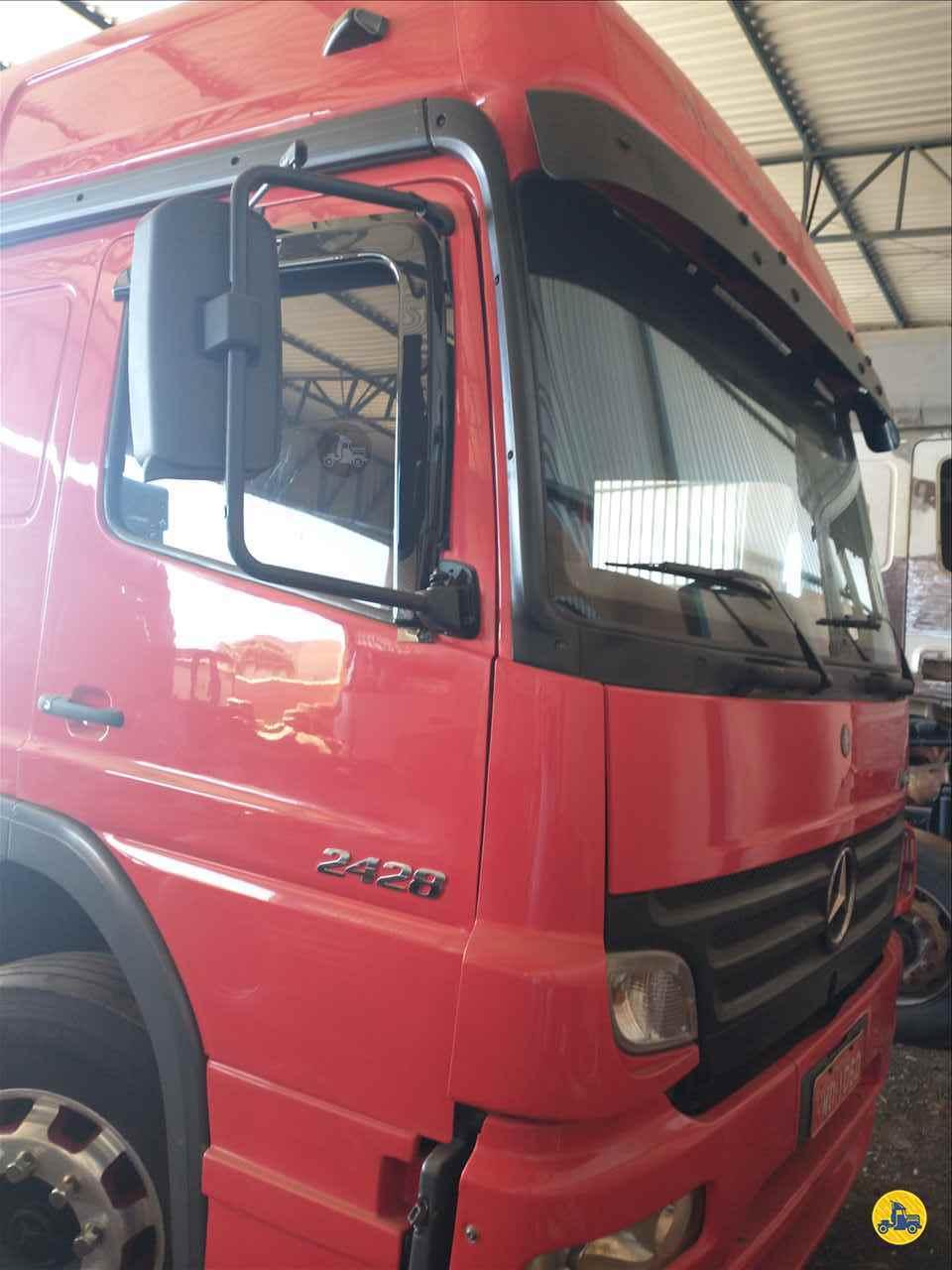 CAMINHAO MERCEDES-BENZ MB 2429 Chassis BiTruck 8x2 Cotral Caminhões SERRA DO SALITRE MINAS GERAIS MG