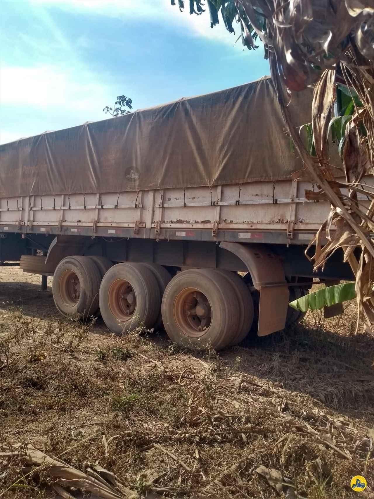 CARRETA SEMI-REBOQUE GRANELEIRO Cotral Caminhões SERRA DO SALITRE MINAS GERAIS MG