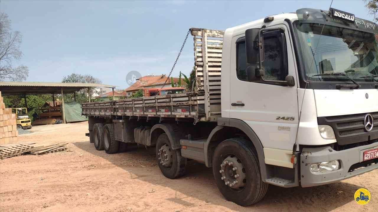 CAMINHAO MERCEDES-BENZ MB 2425 Carga Seca BiTruck 8x2 Cotral Caminhões SERRA DO SALITRE MINAS GERAIS MG