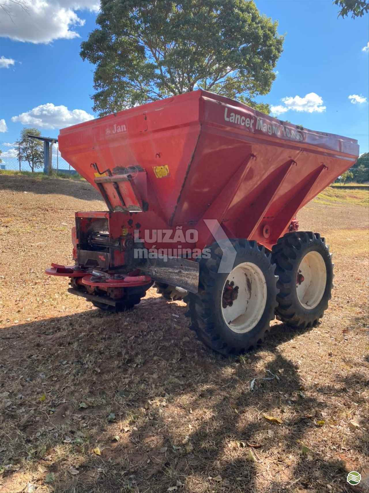 CALCÁRIO 10000 Kg de Luizão Máquinas Agrícolas - UMUARAMA/PR