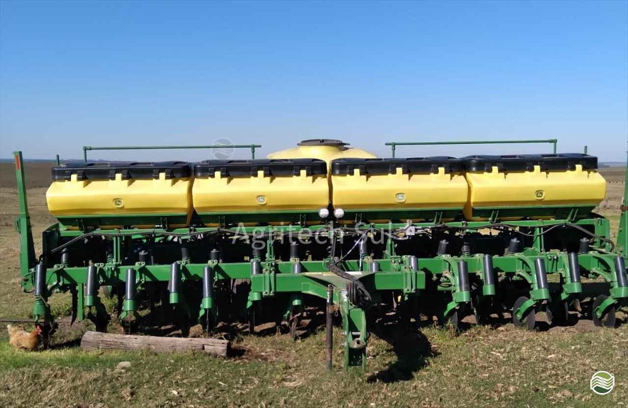 PLANTADEIRAS 2115 de Agritech Sul - PASSO FUNDO/RS