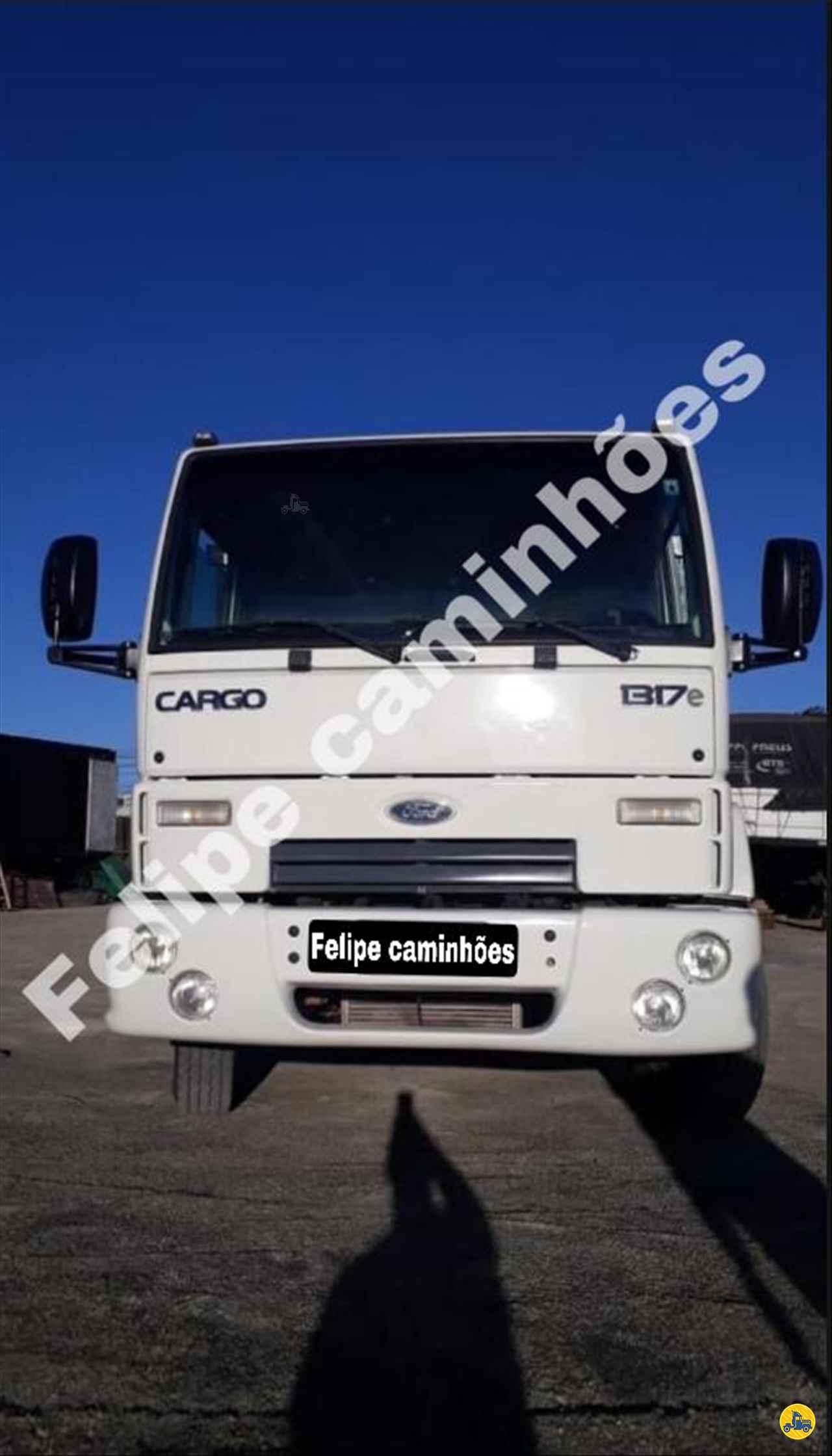 CAMINHAO FORD CARGO 1317 Graneleiro Toco 4x2 Felipe Caminhões LAGES SANTA CATARINA SC
