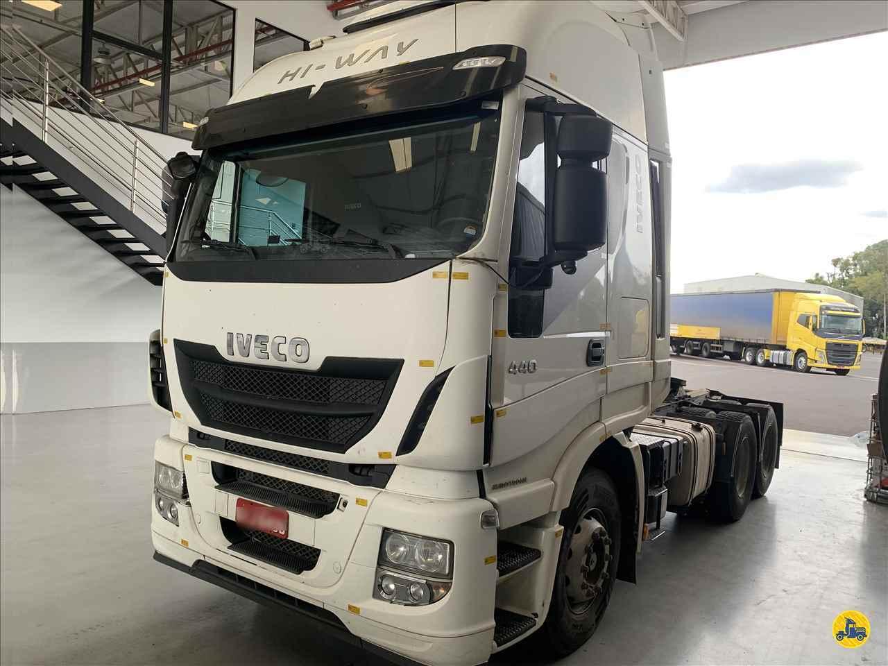 IVECO STRALIS 440 520000km 2016/2017 Transpower Transporte Rodoviário