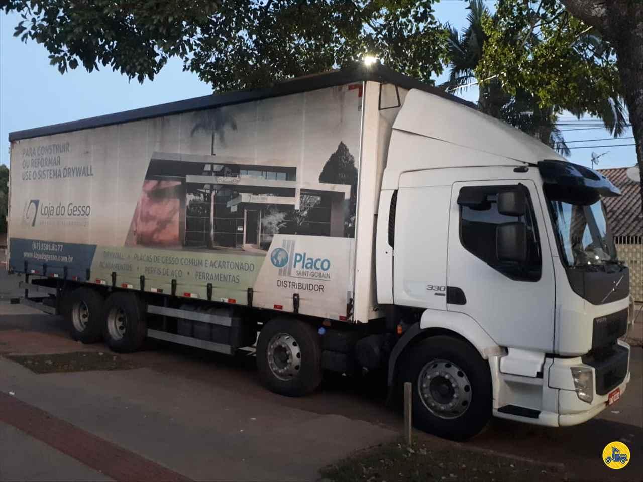 VOLVO VOLVO VM 330 550000km 2015/2015 Megatruck Caminhões e Máquinas