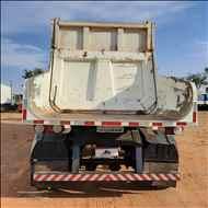 SEMI-REBOQUE BASCULANTE  2014/2014 Megatruck Caminhões e Máquinas