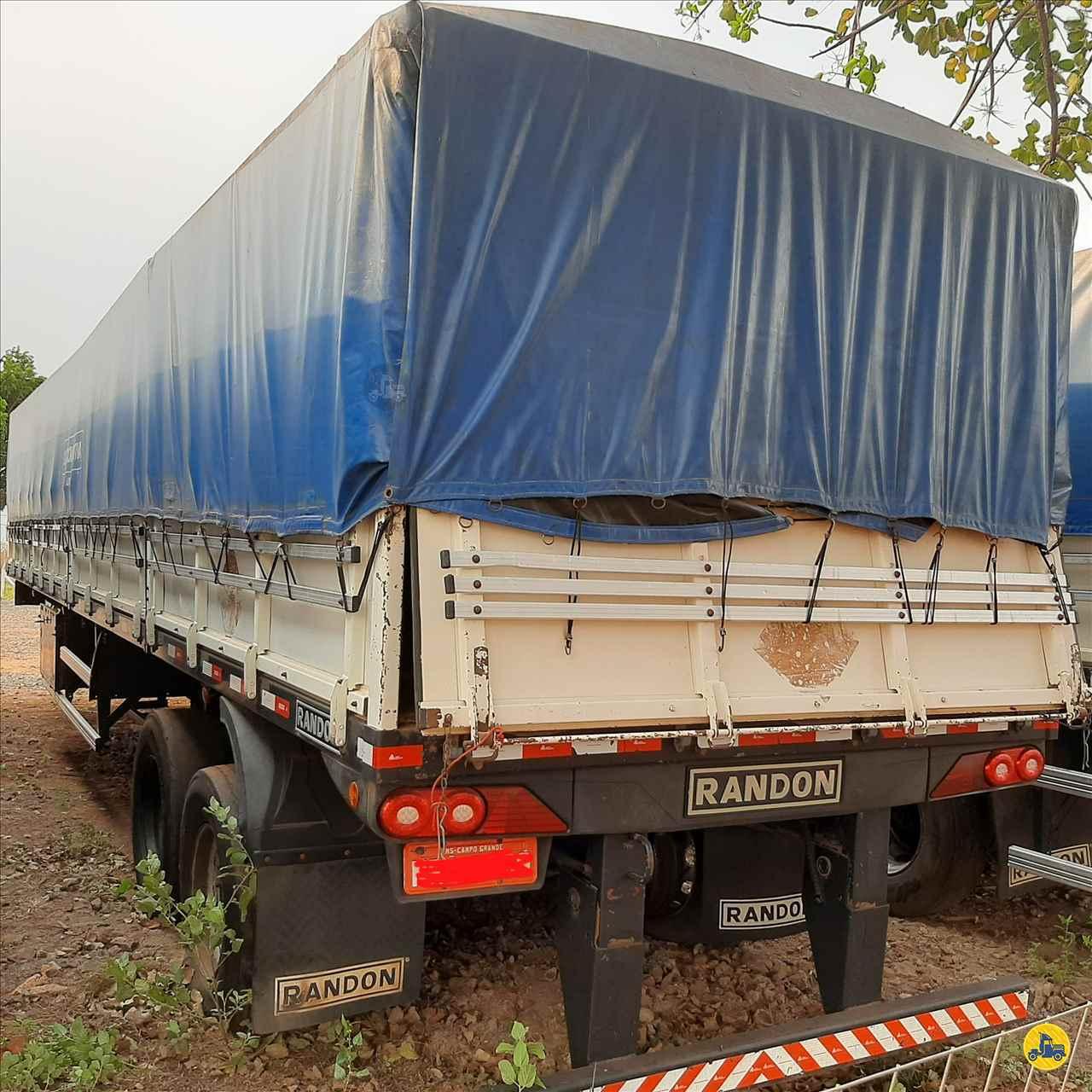 SEMI-REBOQUE GRANELEIRO  2014/2014 Megatruck Caminhões e Máquinas