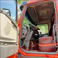 VOLVO VOLVO FH 440 1300000km 2008/2008 Megatruck Caminhões e Máquinas
