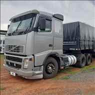 VOLVO VOLVO FH12 380 1172981km 2005/2006 Megatruck Caminhões e Máquinas