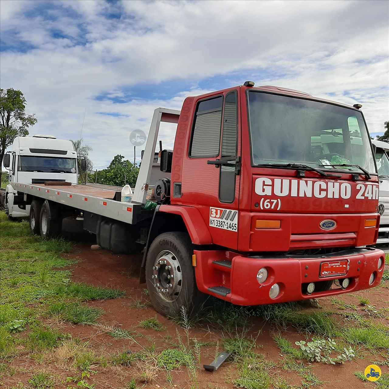 FORD CARGO 4331 712000km 2004/2004 Megatruck Caminhões e Máquinas
