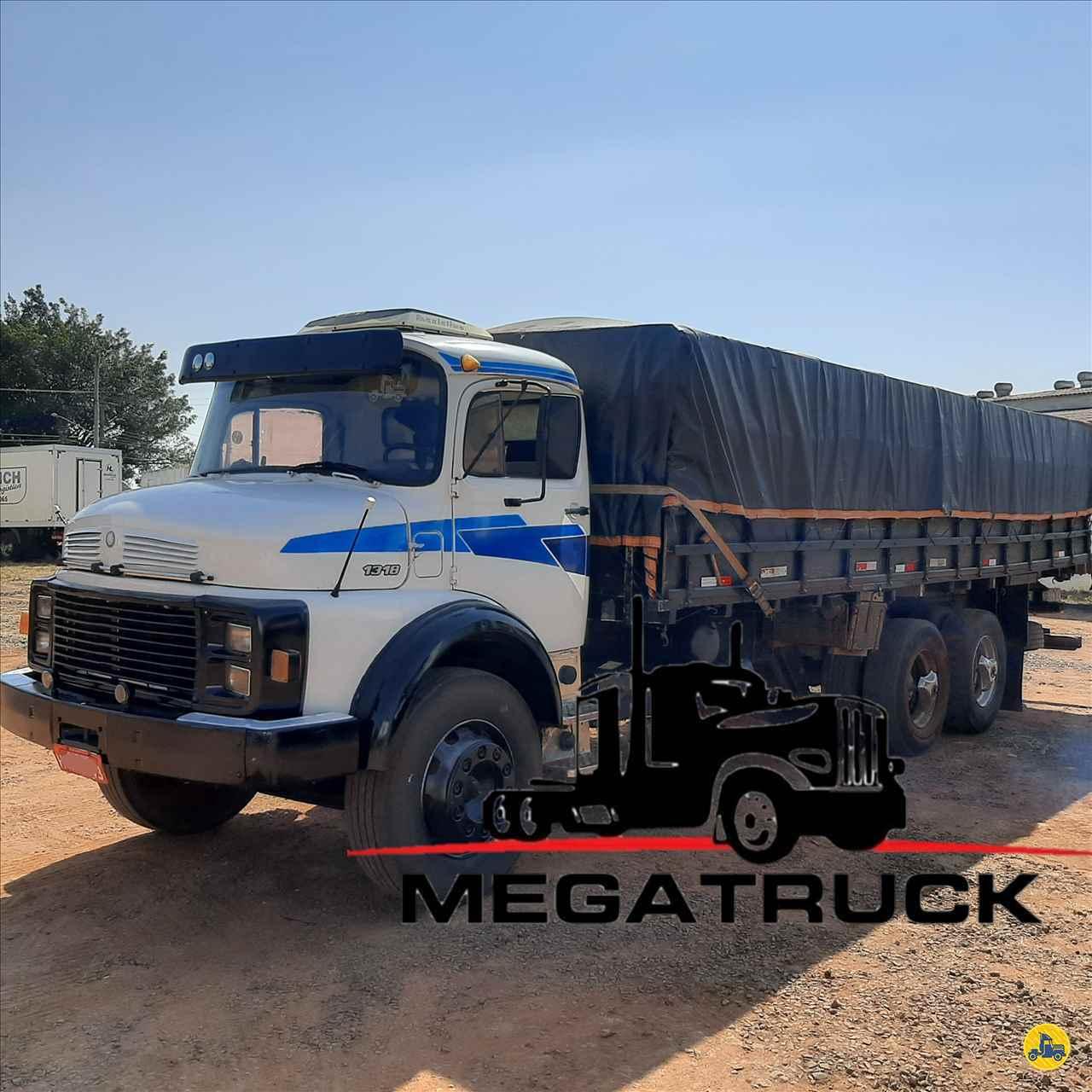CAMINHAO MERCEDES-BENZ MB 1318 Graneleiro Truck 6x2 Megatruck Caminhões e Máquinas CAMPO GRANDE MATO GROSSO DO SUL MS
