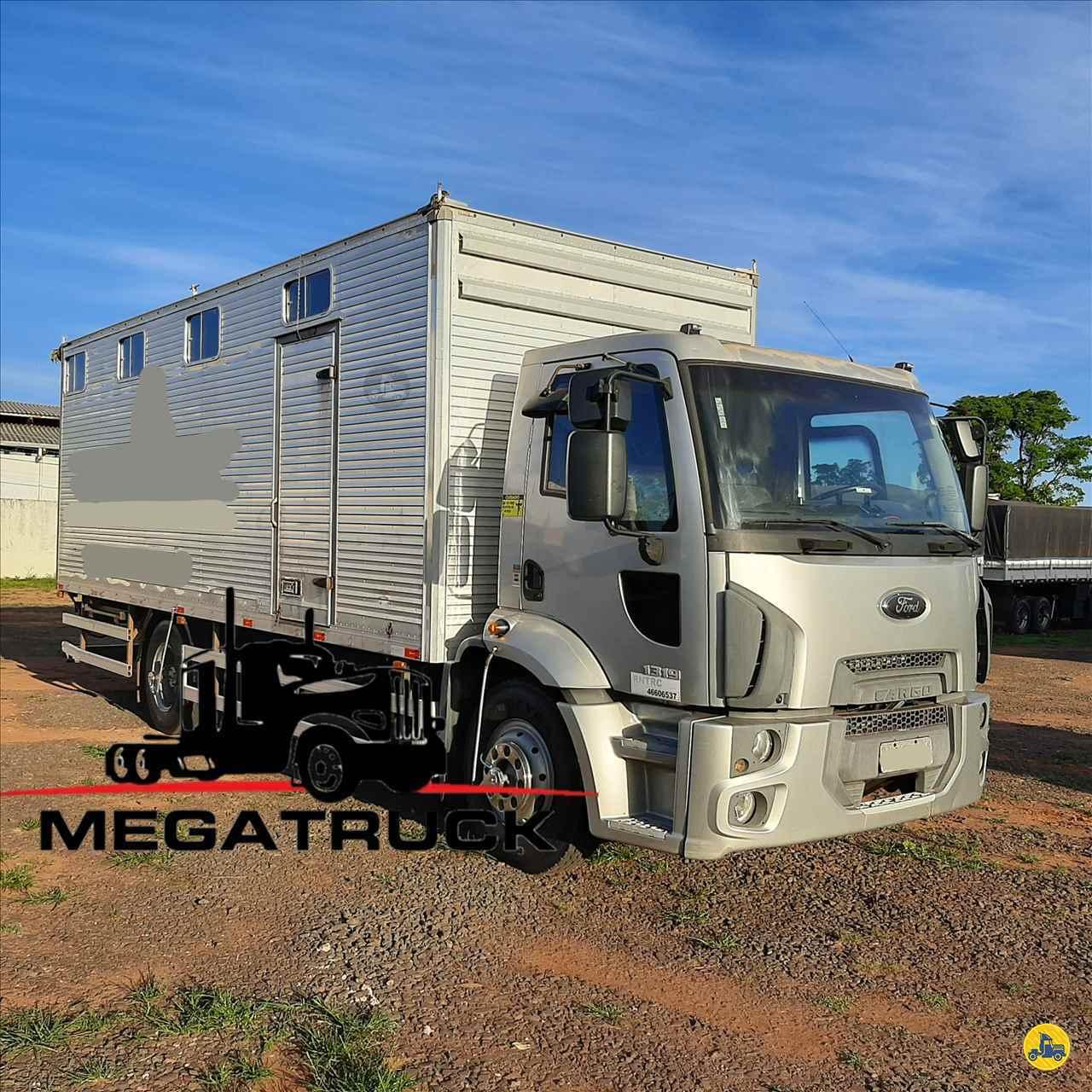 CAMINHAO FORD CARGO 1319 Baú Furgão Toco 4x2 Megatruck Caminhões e Máquinas CAMPO GRANDE MATO GROSSO DO SUL MS