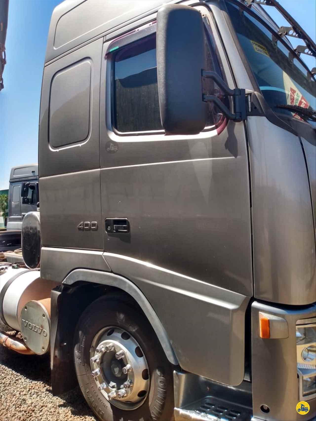 VOLVO FH 400 de Gazola Caminhões - São José do Rio Preto/SP