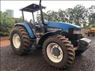 NEW HOLLAND NEW TM 140  2000/2000 Caique Tratores